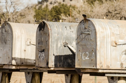 mailboxes-1110112_1920