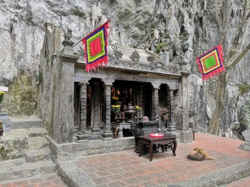 Trang an temple