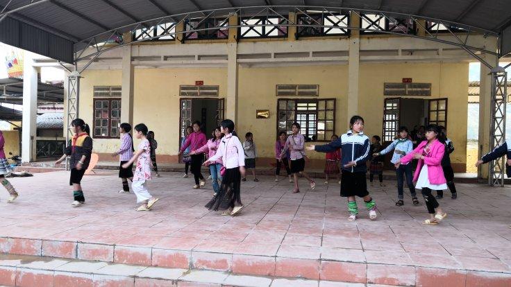 Hmong in Sapa