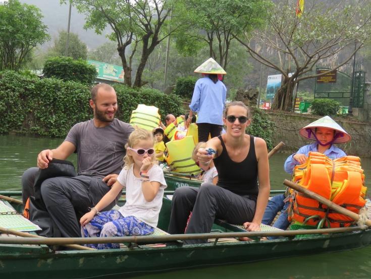 Trang an boats